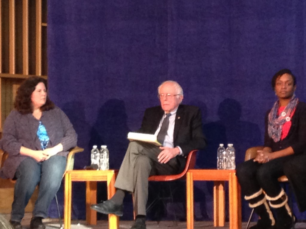Bernie Sanders with Toi Lowe and Tamara Rubin